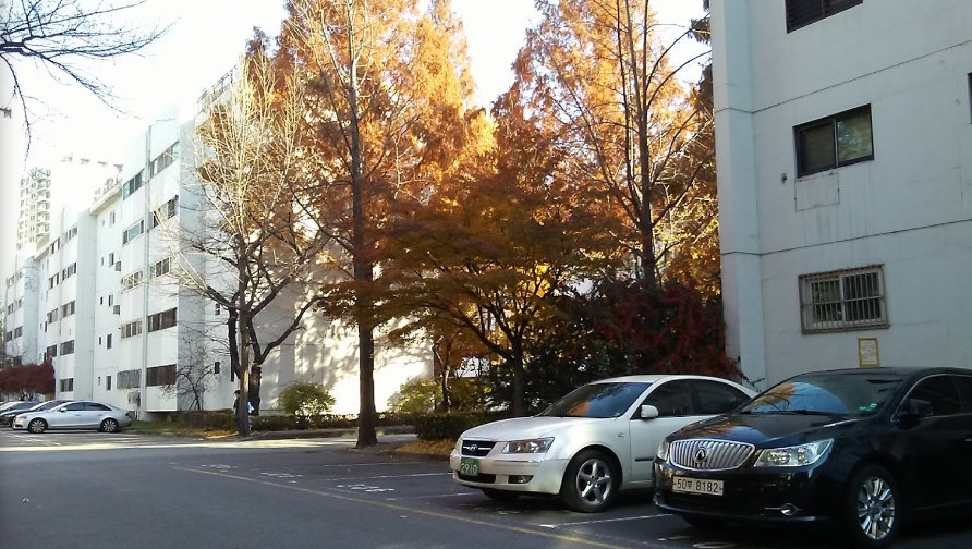 JIMIN:瑞草区に盤浦住公1団地アパートを約3億8千万円で購入